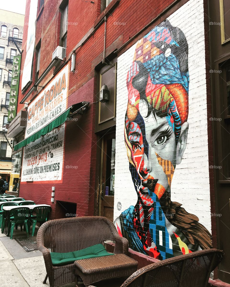 Street Art Audrey Hepburn