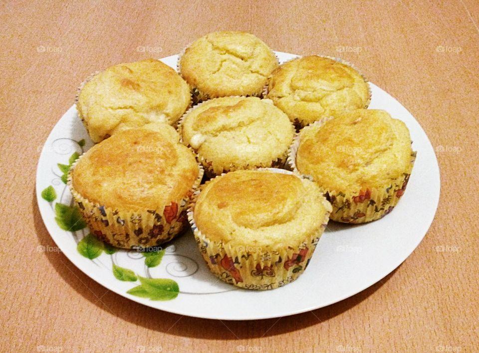 Salty Muffins with Gorgonzola