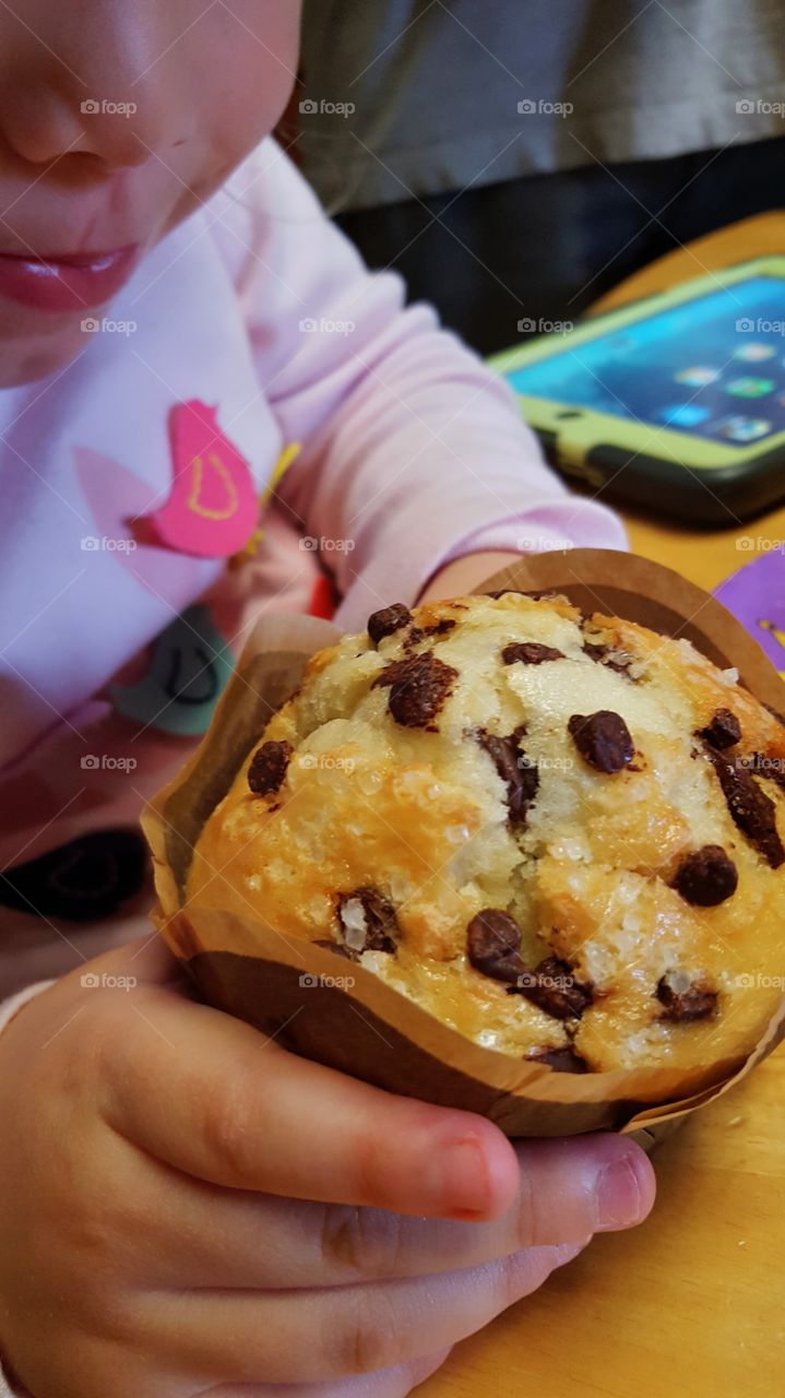 Chocolate chip Muffin..The look on a child's face when you have them one of these baby's🍮