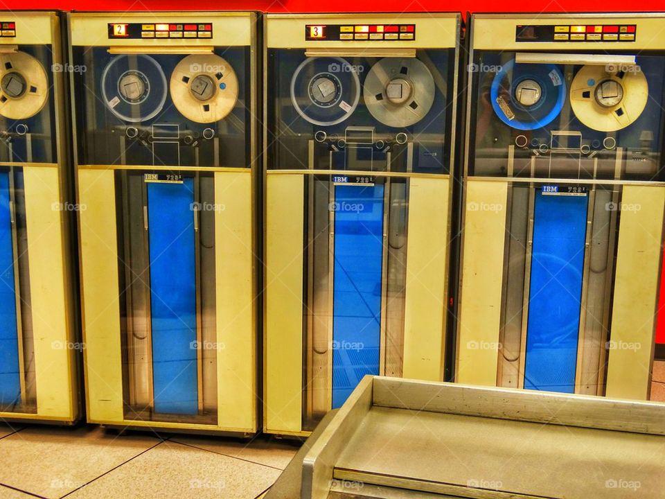 Old 1950s-era mainframe computer