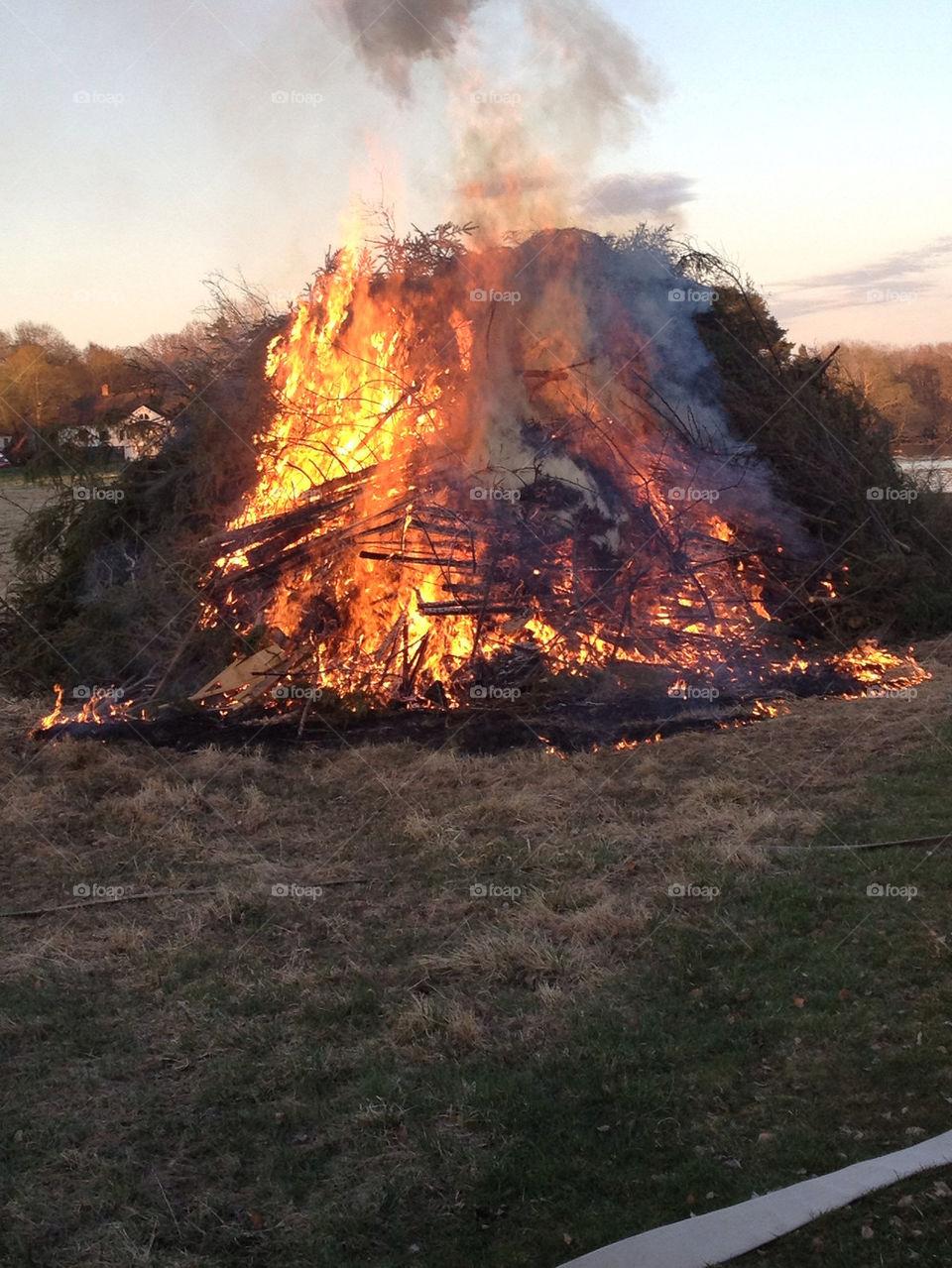 sweden grass fire shine by casperlo