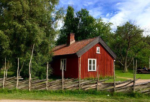 Cottage. Little red summer cottage in Läckö, Sweden