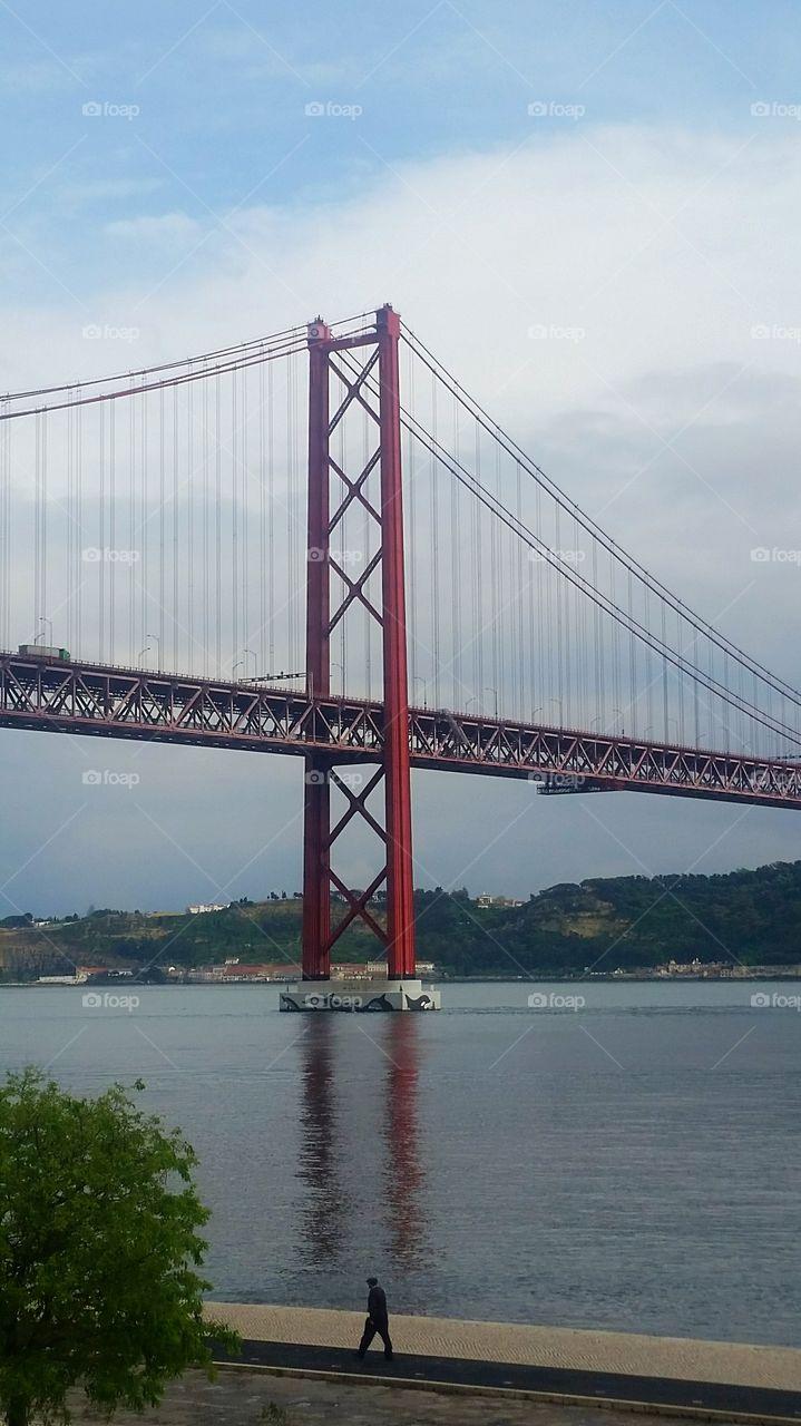 The man and the bridge