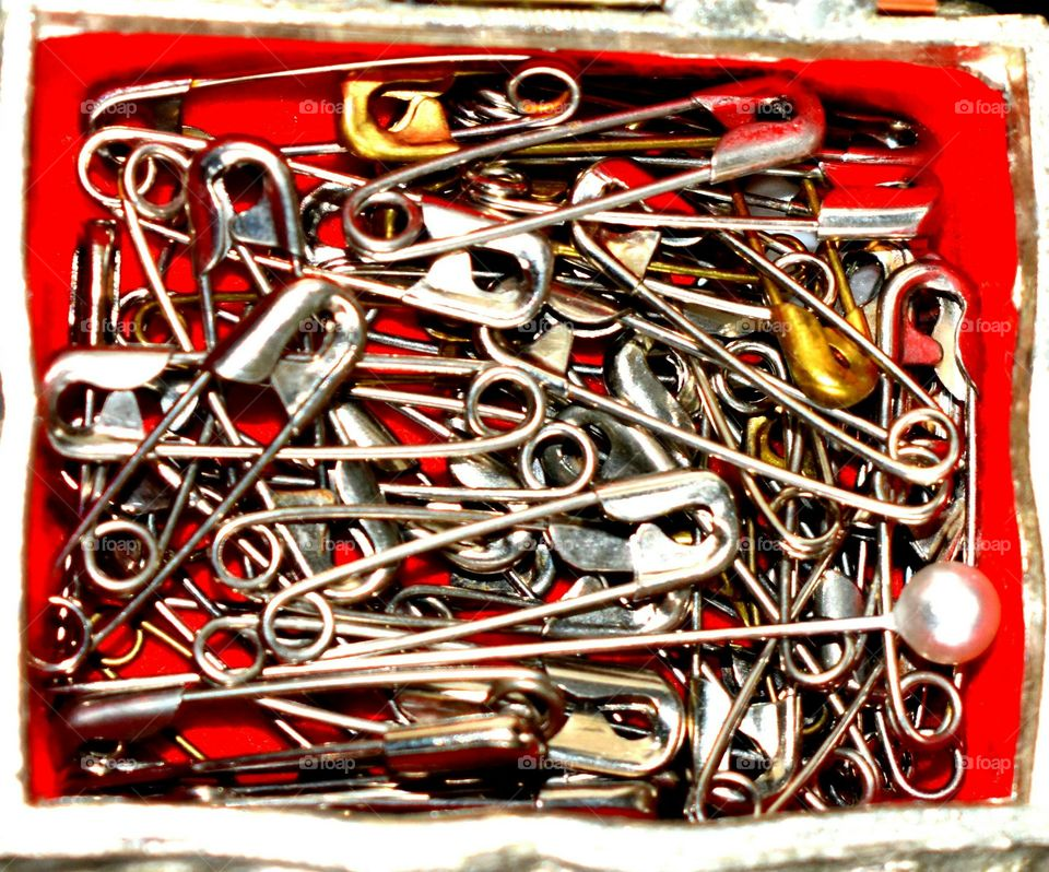 safety pin fastener collection sewing metal