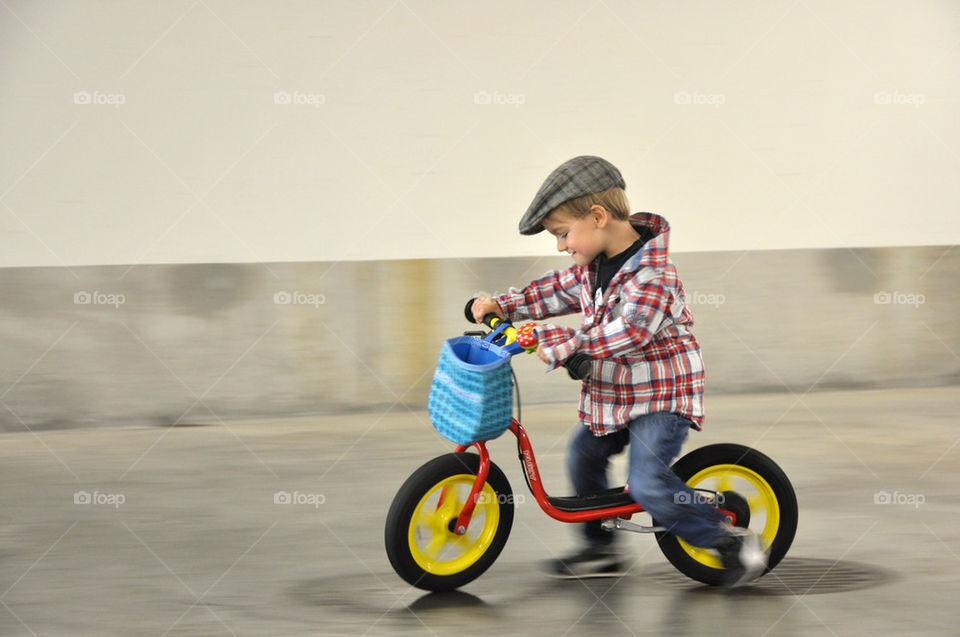 motion bike fun kid by nivoa