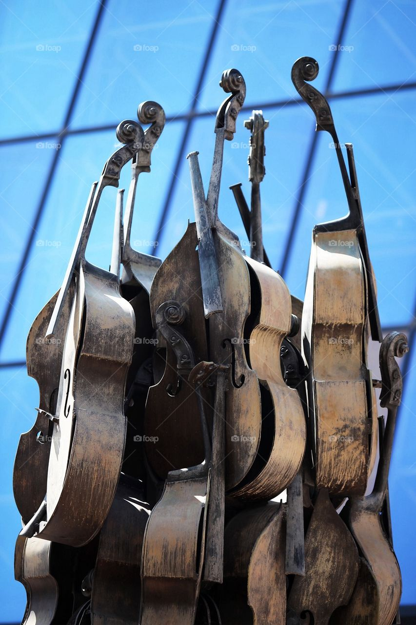 Double bass in Nice