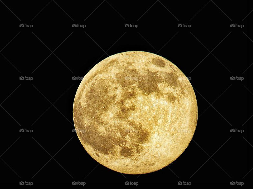 yellow harvest full moon