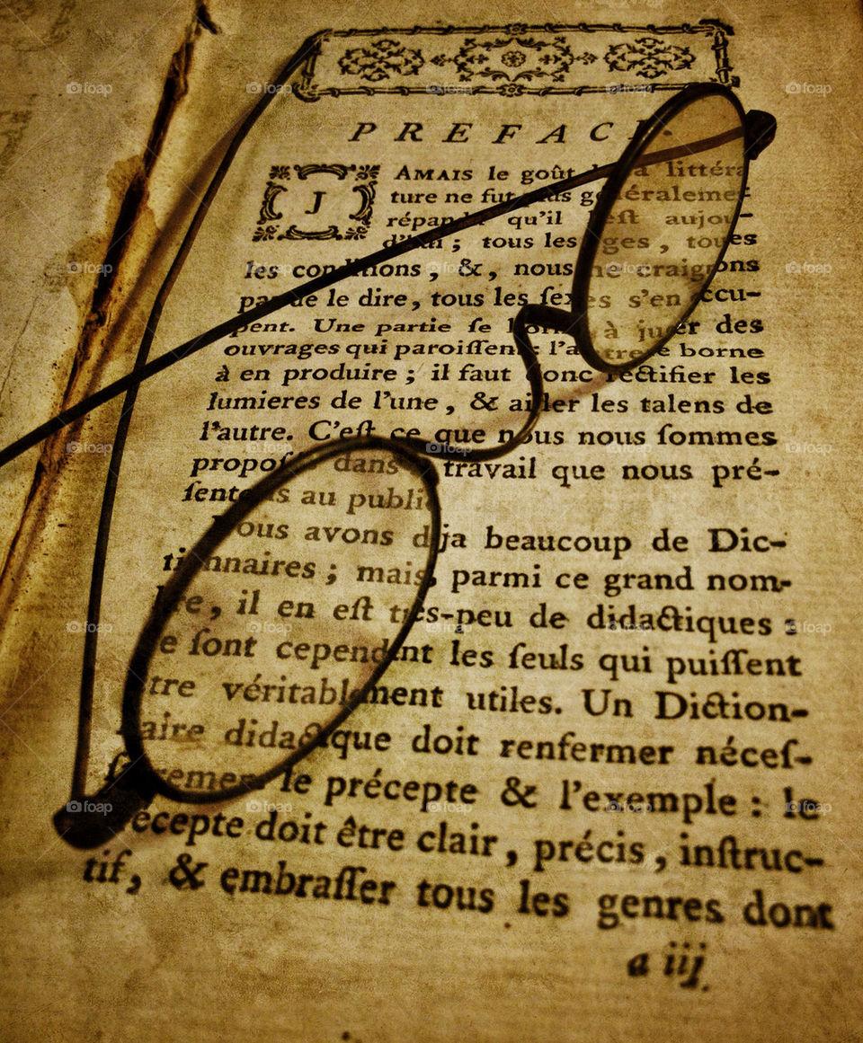 glasses book books read by middlingsort
