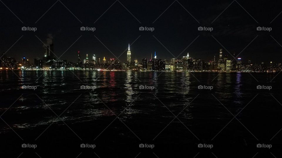 View of Midtown Manhattan from East River State Park, Brooklyn, NY
