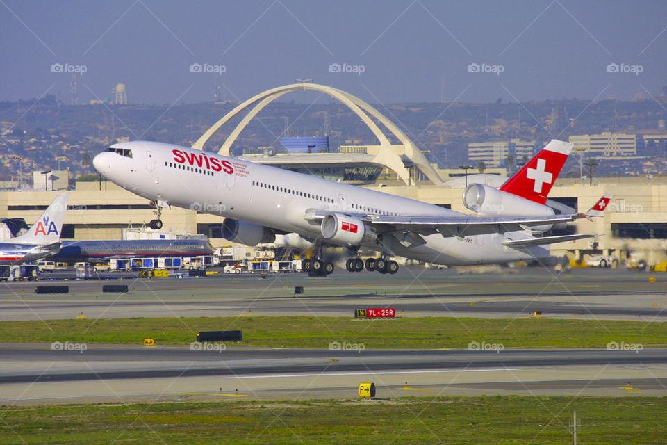 SWISS INTERNATIONAL AIRLINES LX MD-11 LAX LOS ANGELES CALIFORNIA