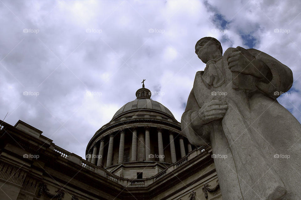 Pantheon, Statue of Jean-Jacques Rousseau