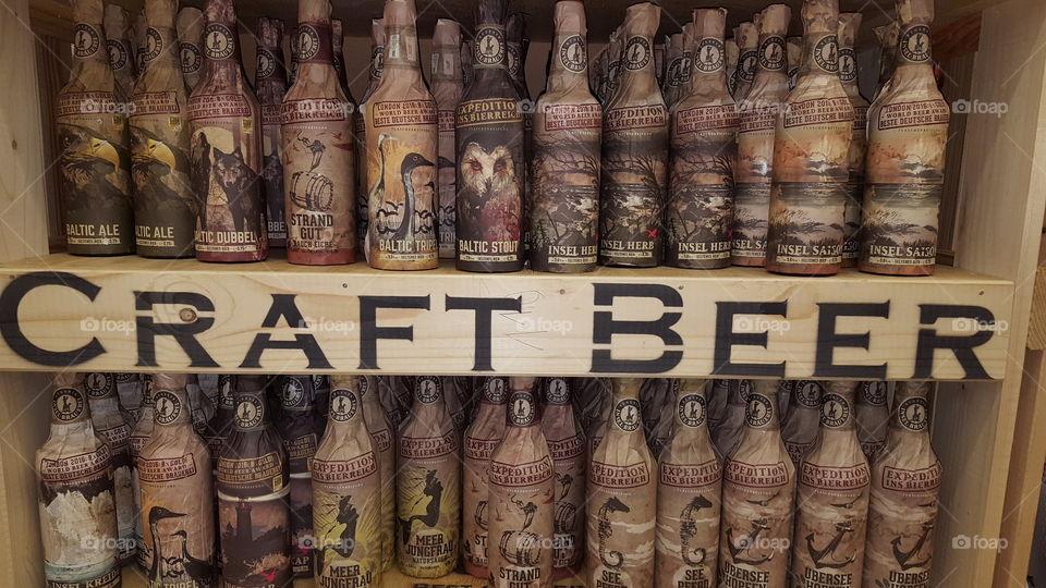Beer me Beer you Beer us thogeter cooler werbe Aufbau Supermarkt