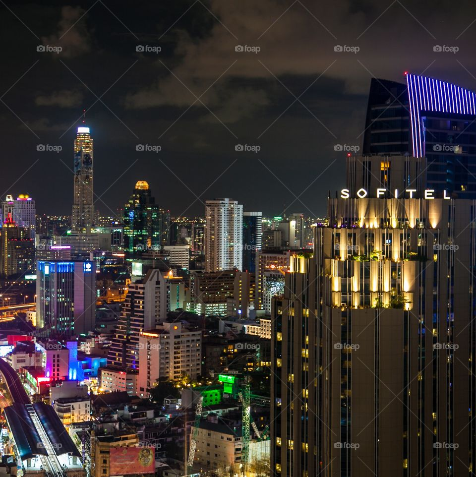 Sofitel Bangkok. Along the Sukhumvit you can enjoy the most luxury and confort hotels of Bangkok. A lot of choice and fun, this is Bkk
