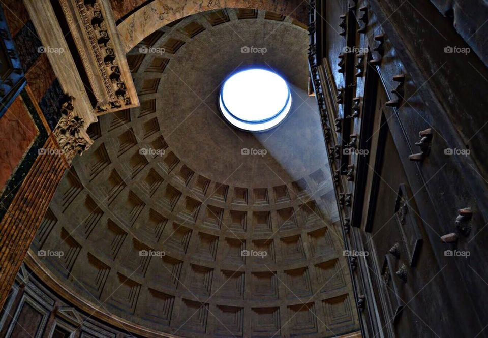 Oculus oh the Pantheon,  Roma (Italy)