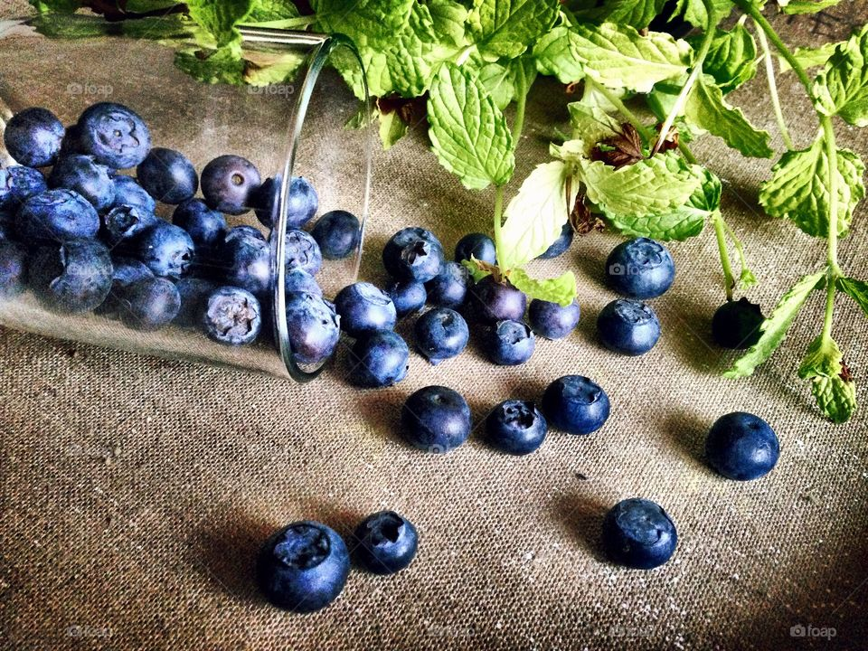 Berries . Blueberries and Mint
