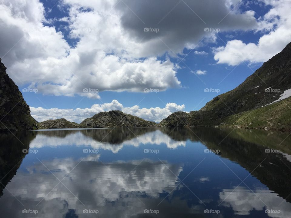 Symmetry in lake