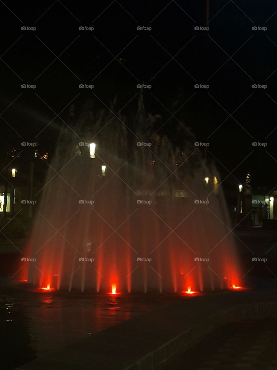 red light fountain
