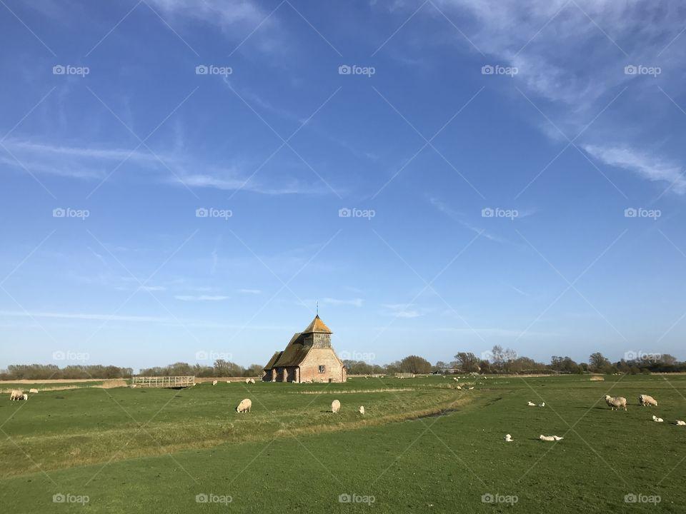 Romney Marsh St Thomas-à-Becket church and pasture