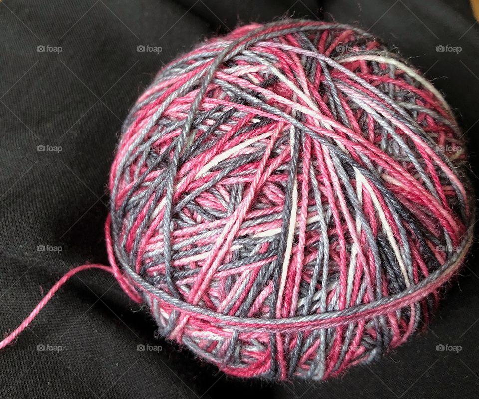 Multicolored yarn