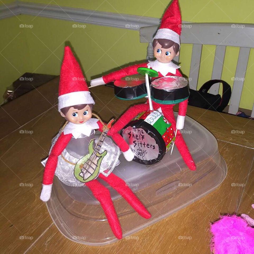 Elf on the shelf rock stars.