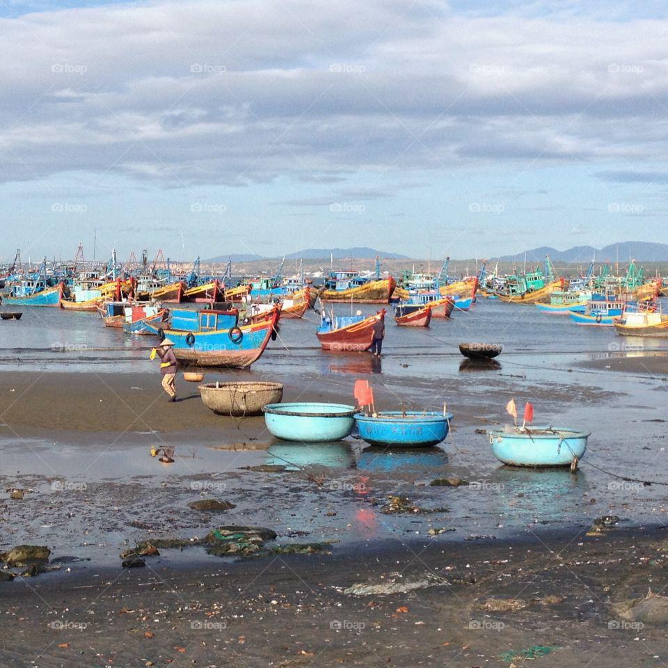 Boats moored at mui ne