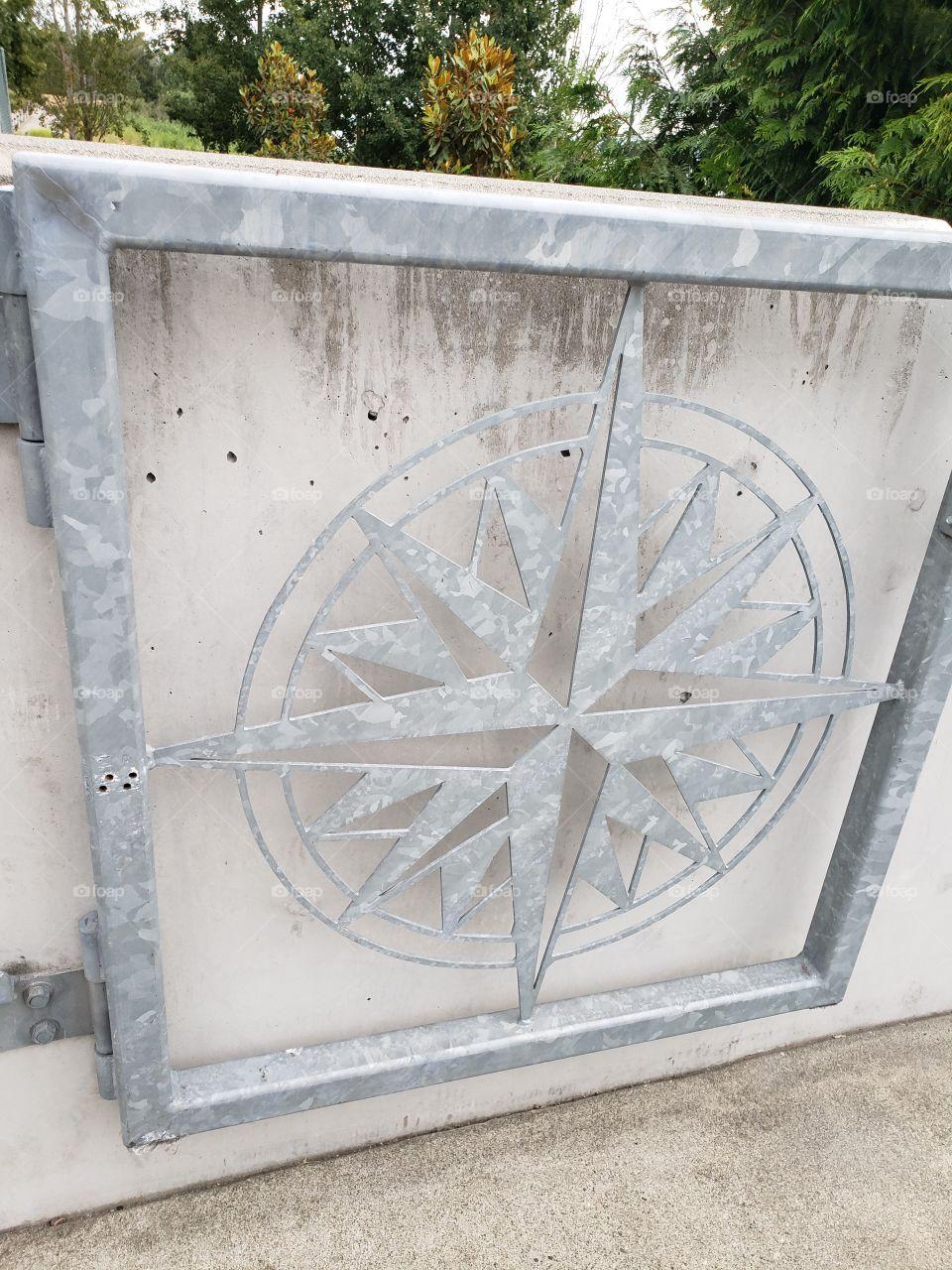 Starburst gate