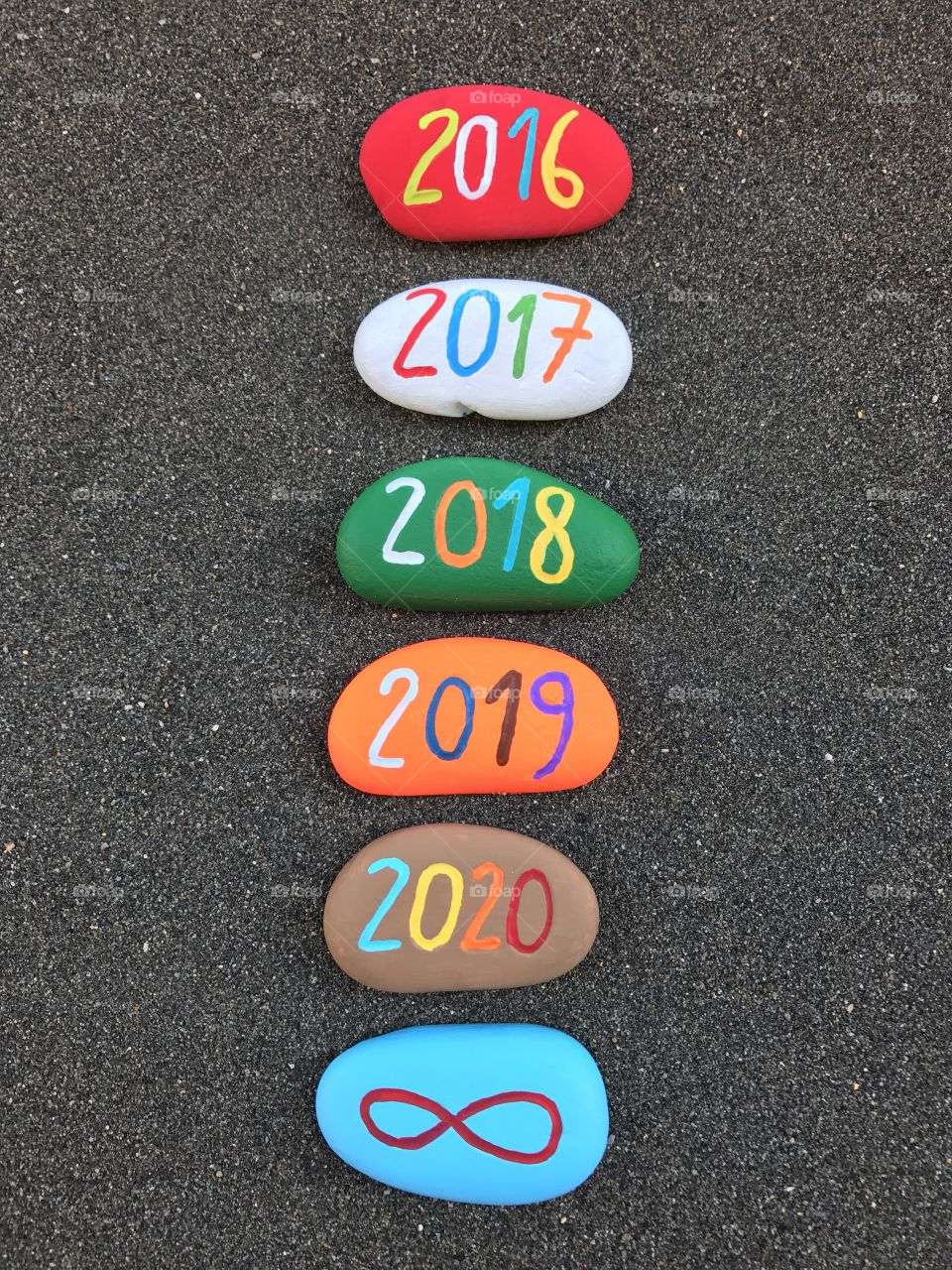 2016,2017,2018,2019,2020 year oncolored stones