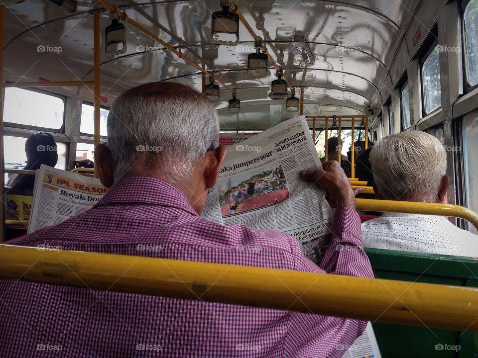Life after work. Senior citizens commuting